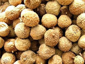 Vải thiều sấy khô, món ăn vặt có rất nhiều lợi ích cho sức khỏe