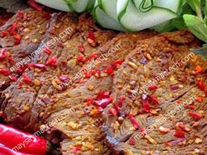 Thịt lợn sấy khô tại nhà ngon không kém thịt trâu, thịt bò khô