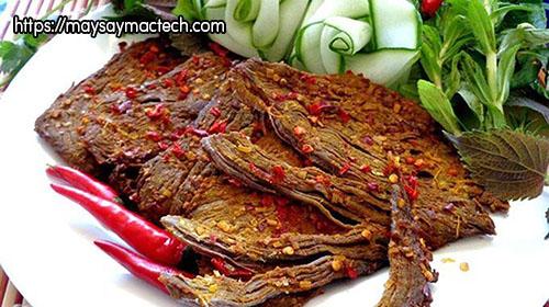 Phân biệt thịt bò khô thật và thịt bò khô giả qua giá thành sản phẩm