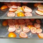 Cách sấy khô cà chua để làm bột cà chua, bột mịn, màu đẹp